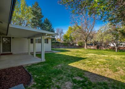 Boise MCM home backyard